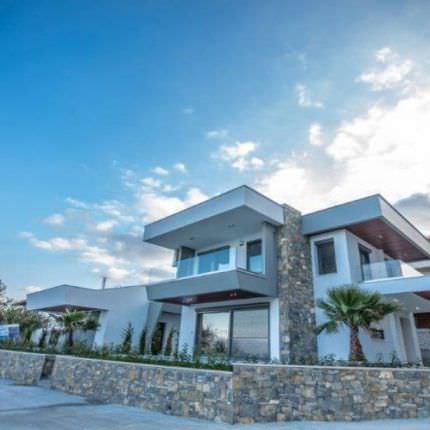 Дом в греции купить недорого у моря аренда апартаментов в венгрии